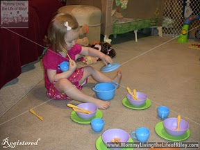 Riley and the Green Toys Cookware Set