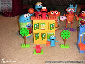 Sesame Street Neighborhood Collection 1-2-3 Brownstone Building Set