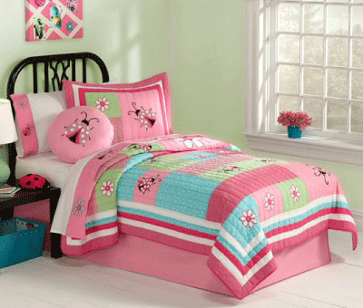 American Kids Bedding Gardners Friend Quilt Set