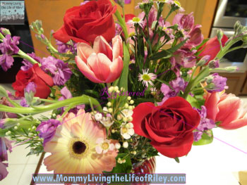 You're In My Heart Flower Arrangement from Bloom Avenue