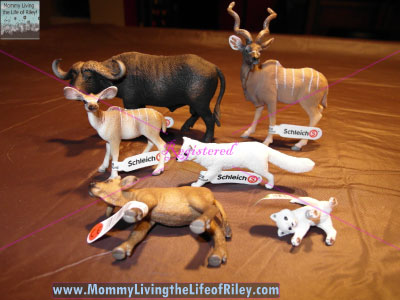 Schleich Wildlife Animal Families Collection