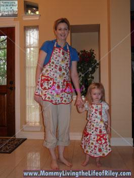 Jessie Steele Vintage Kitchen Bib Ava Apron