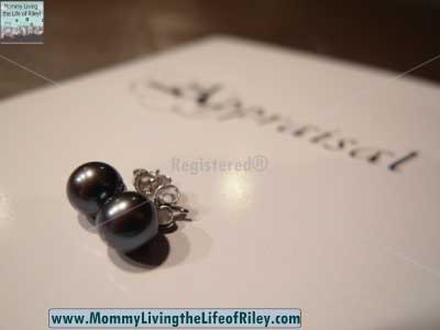 Pure Pearls Black Freshwater Pearl Earrings