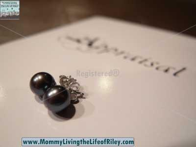 Pure Pearls Black Freshwater Pearl Earrings