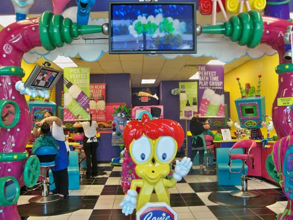 Ziggetty Snipits is the ultimate kids haircut destination, with hair salons catered specifically for children. Children can enjoy their haircuts and/or styling in speciality themed chairs, to make for a surreal and fun experience, by a team of professional hairdressers.