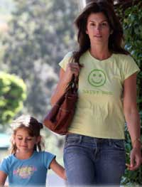 PeaceLoveMom Happy Mom Shirt Worn By Cindy Crawford