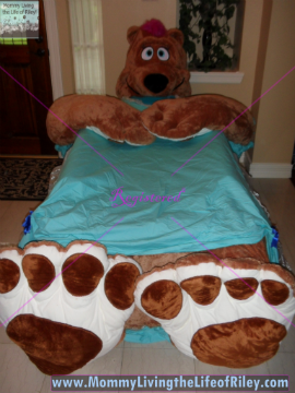 Incredibeds Penelope the Female Brown Grizzly Bear Bed Frame