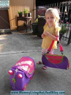 Gummy Lump Trunki Kids Suitcase and Accessories by Melissa & Doug