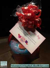 H-E-B Shop-a-holic Valentine's Day Gift Basket