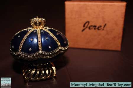 Chasing Treasure Majestic Royal Blue Musical Egg Trinket Box