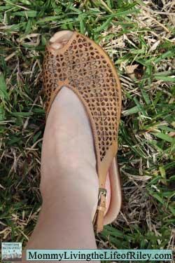 Earth Footwear The Jacaranda in Sand