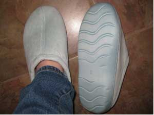 Nature's Sleep Closed Toe Terry Slippers with Memory Foam